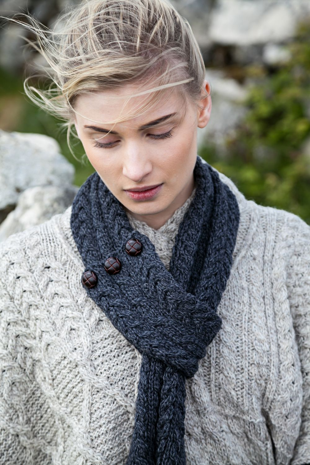 Aran Scarf with Traditional Buttons - Aran Islands Knitwear