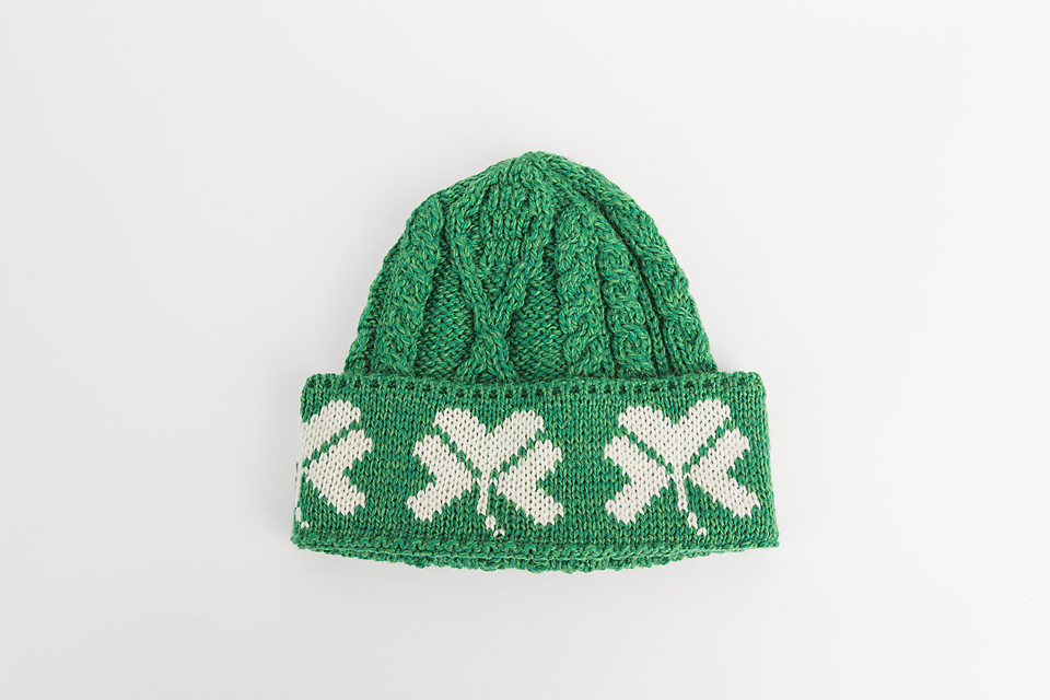 IRELAND MAN OF ARAN WITH GREEN SHAMROCK GREEN COLOUR BOBBLE HAT